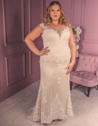 plus size straight wedding dress